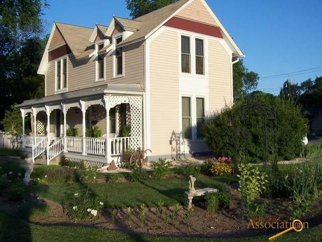 1641 Albany Ave, Hot Springs, SD 57747 (MLS #148676) :: VIP Properties