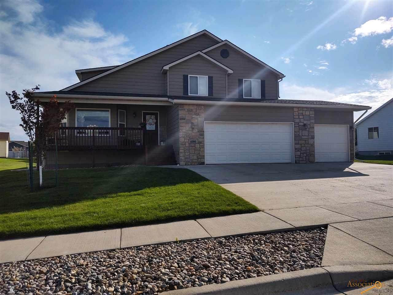4305 Donegal Way - Photo 1