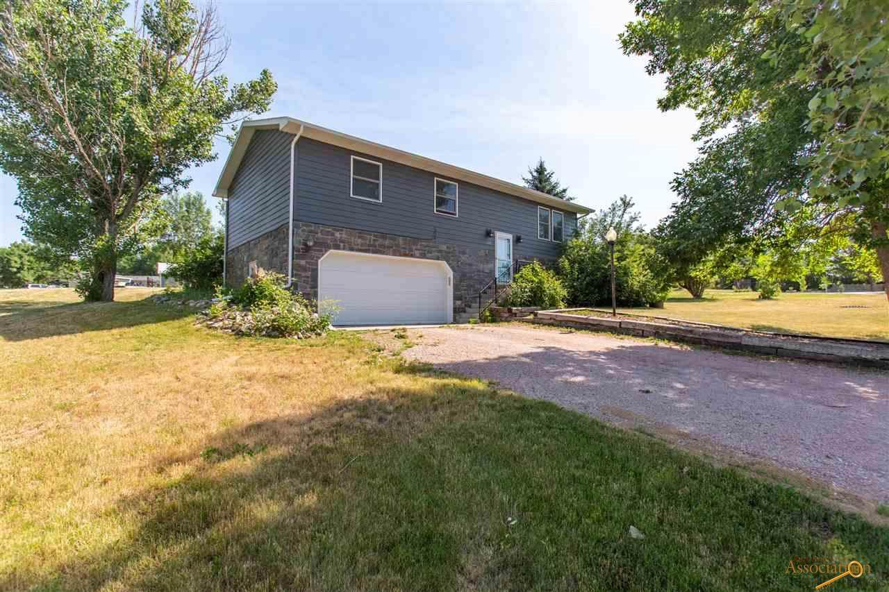 608 Westwind Dr - Photo 1