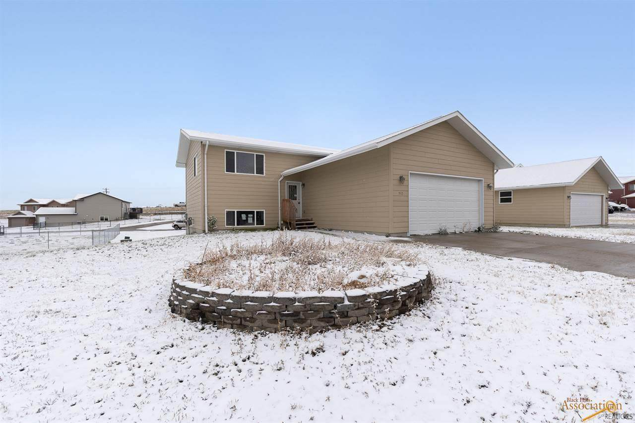 740 Bear Tooth Ct - Photo 1