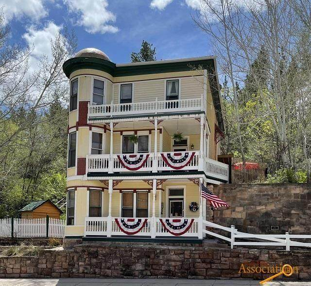 1729 Minnekahta Ave, Hot Springs, SD 57747 (MLS #154303) :: Heidrich Real Estate Team