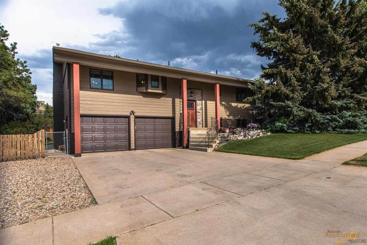 3106 Country Club Dr - Photo 1