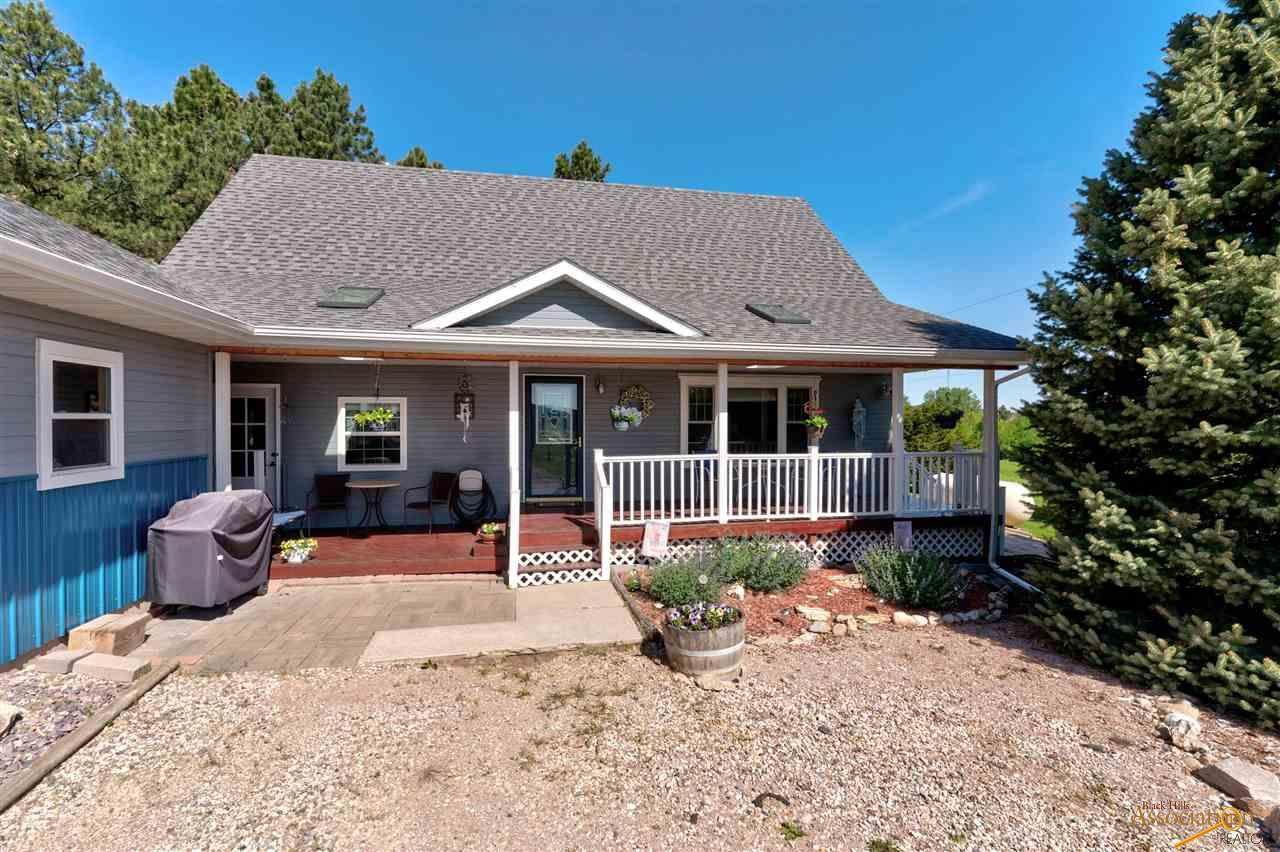 21081 Pleasant Valley Dr - Photo 1