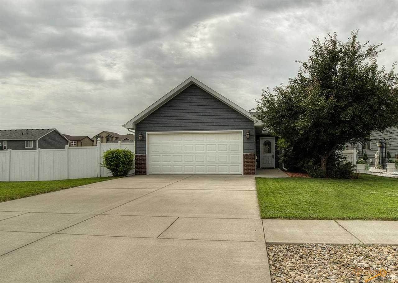 6723 Mulberry Dr - Photo 1