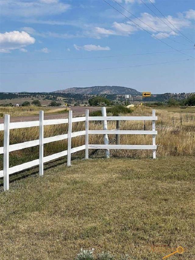 28534 Old Hwy 18, Edgemont, SD 57735 (MLS #156301) :: Dupont Real Estate Inc.
