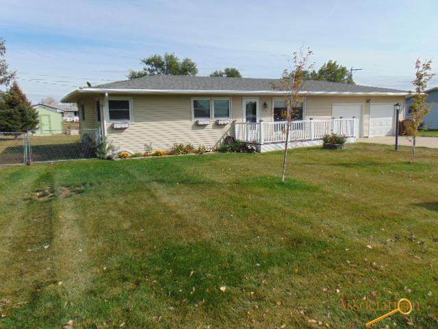 1722 Zinnia, Rapid City, SD 57703 (MLS #156408) :: Heidrich Real Estate Team