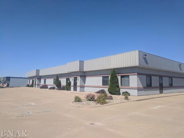 901 W Main Street, El Paso, IL 61738 (MLS #2183761) :: BNRealty