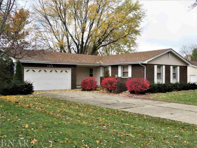 1323 Vernon, Normal, IL 61761 (MLS #2184321) :: Janet Jurich Realty Group