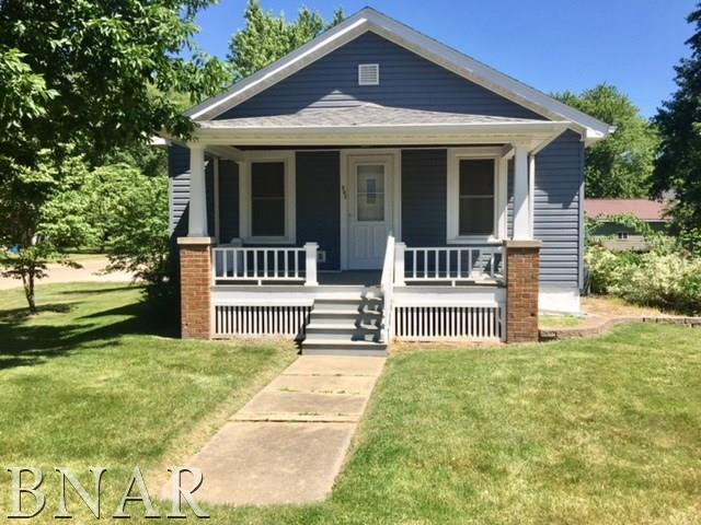 302 E Cleveland, Heyworth, IL 61745 (MLS #2172246) :: Janet Jurich Realty Group
