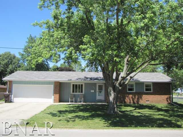 808 N West St., Leroy, IL 61752 (MLS #2172253) :: Berkshire Hathaway HomeServices Snyder Real Estate