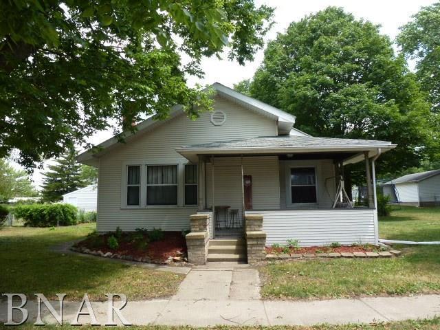 204 S Walnut, Heyworth, IL 61745 (MLS #2172802) :: Jacqui Miller Homes