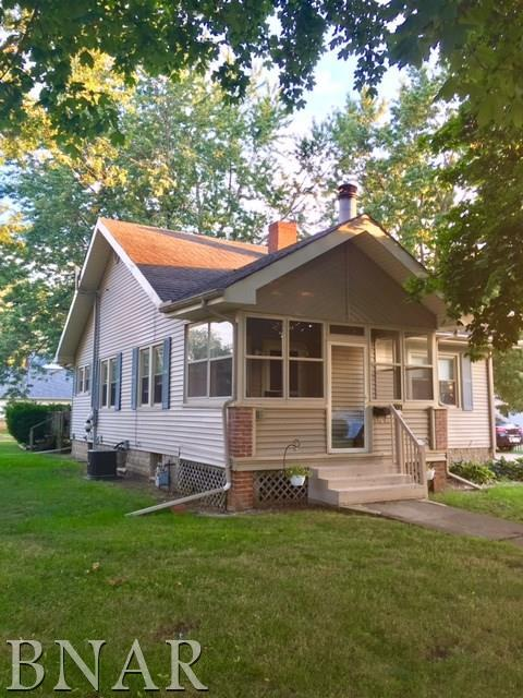 498 E Third, El Paso, IL 61738 (MLS #2173150) :: Janet Jurich Realty Group