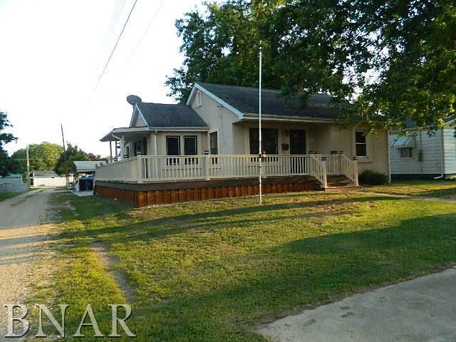 1214 E Jefferson Street, Clinton, IL 61727 (MLS #2173234) :: The Jack Bataoel Real Estate Group