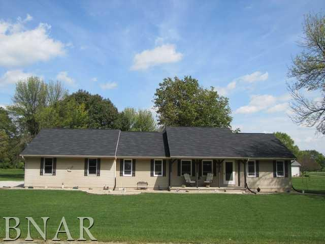 311 Blue Jay Drive, Leroy, IL 61752 (MLS #2173464) :: Berkshire Hathaway HomeServices Snyder Real Estate