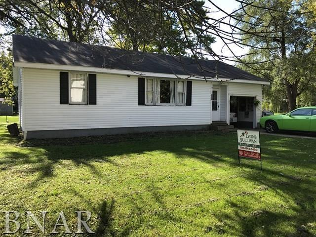 304 E Chestnut St, Piper City, IL 60959 (MLS #2174134) :: Janet Jurich Realty Group