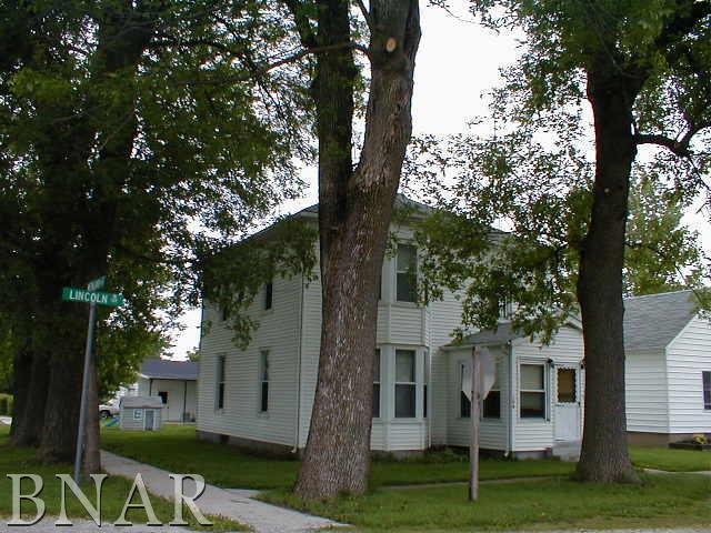 104 W Lincoln, Cooksville, IL 61730 (MLS #2174492) :: BNRealty