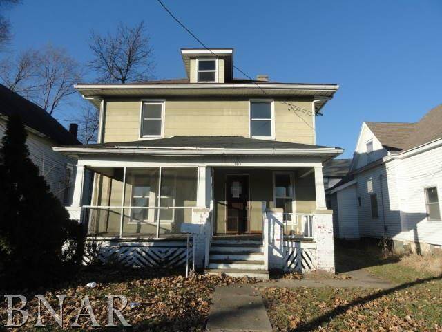 903 S Lee Street, Bloomington, IL 61701 (MLS #2174530) :: The Jack Bataoel Real Estate Group