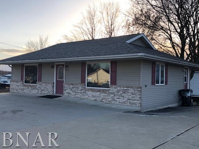 408 N Walnut Street, Leroy, IL 61752 (MLS #2180185) :: BNRealty