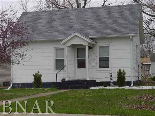105 W Cooper, Colfax, IL 61728 (MLS #2180677) :: Janet Jurich Realty Group