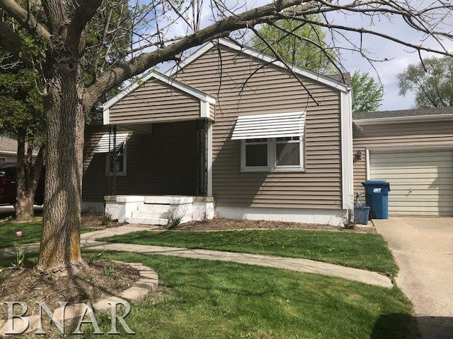 406 E Cleveland, Heyworth, IL 61745 (MLS #2181762) :: Janet Jurich Realty Group