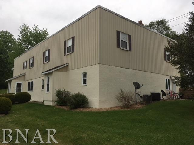 300 N Orchard, Mackinaw, IL 61755 (MLS #2181908) :: Janet Jurich Realty Group