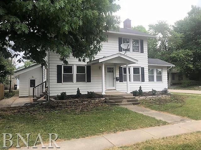 1408 E Oakland, Bloomington, IL 61701 (MLS #2182094) :: Janet Jurich Realty Group