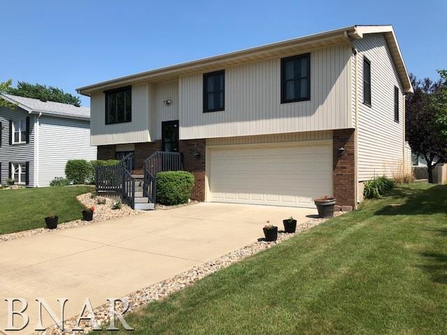 15 Cedar Court, Bloomington, IL 61701 (MLS #2182431) :: BNRealty
