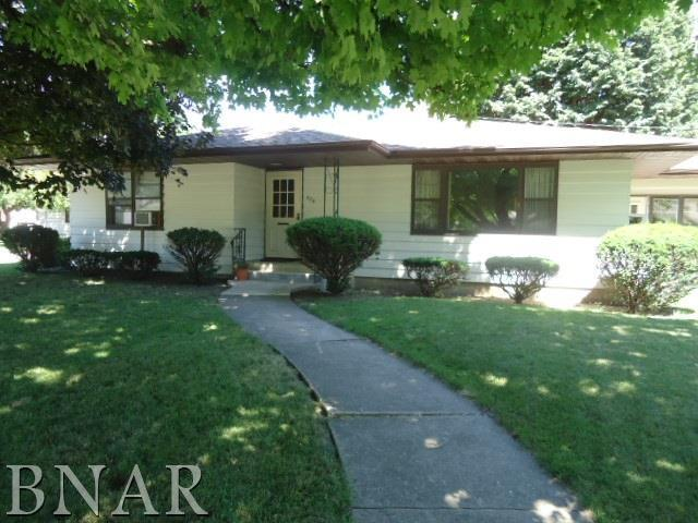 506 Market St, Gridley, IL 61744 (MLS #2182796) :: Janet Jurich Realty Group