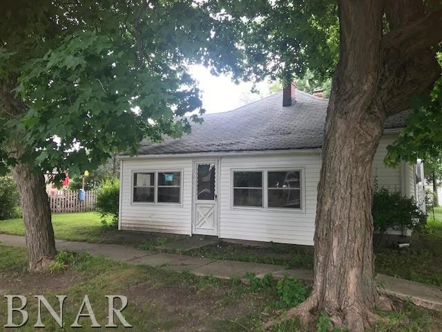 109 N Maltby, Waynesville, IL 61778 (MLS #2182862) :: The Jack Bataoel Real Estate Group