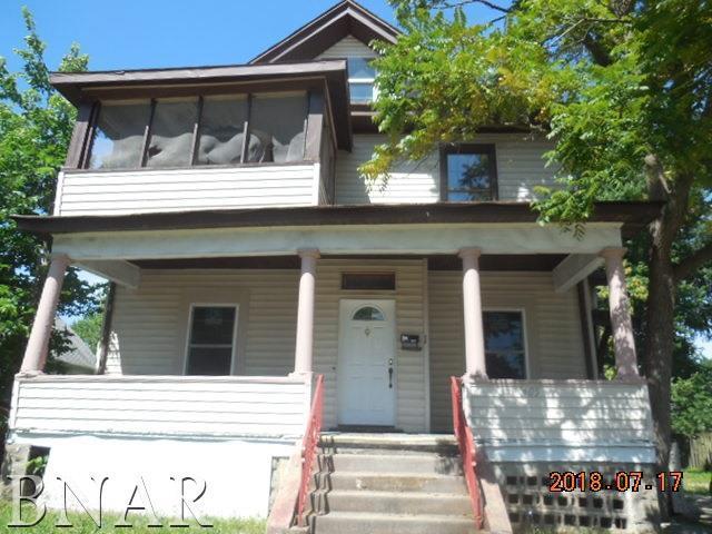 1405 S Main St, Bloomington, IL 61701 (MLS #2183437) :: BNRealty