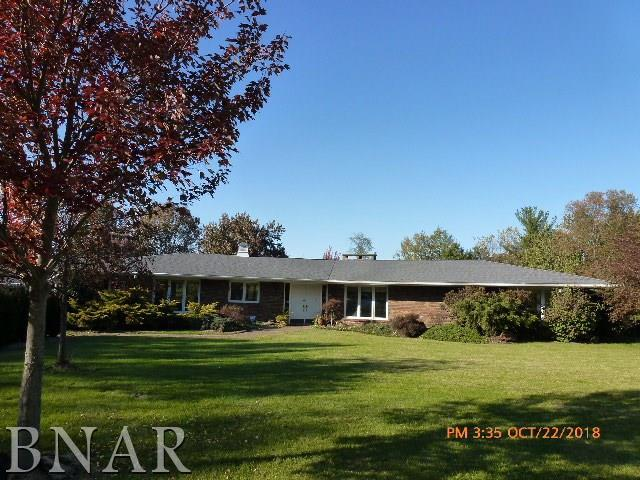 5411 Hickory Manor Lane, Clinton, IL 61727 (MLS #2184214) :: Janet Jurich Realty Group