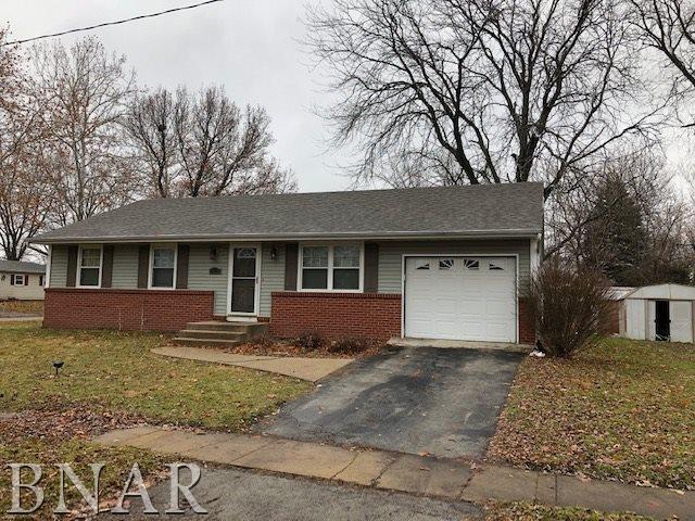 1319 Glenwood Rd, Bloomington, IL 61704 (MLS #2184524) :: BNRealty