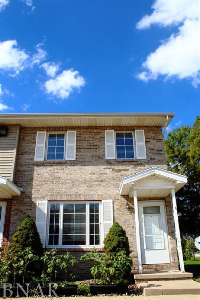 4 Andy Ct #4, Bloomington, IL 61704 (MLS #2184550) :: BNRealty