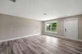 712 110th Ave - Photo 4