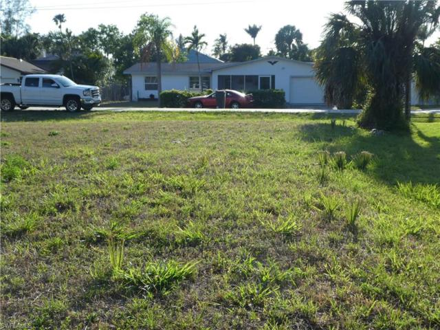 27280 Buccaneer Dr W, BONITA SPRINGS, FL 34135 (MLS #218029952) :: Clausen Properties, Inc.