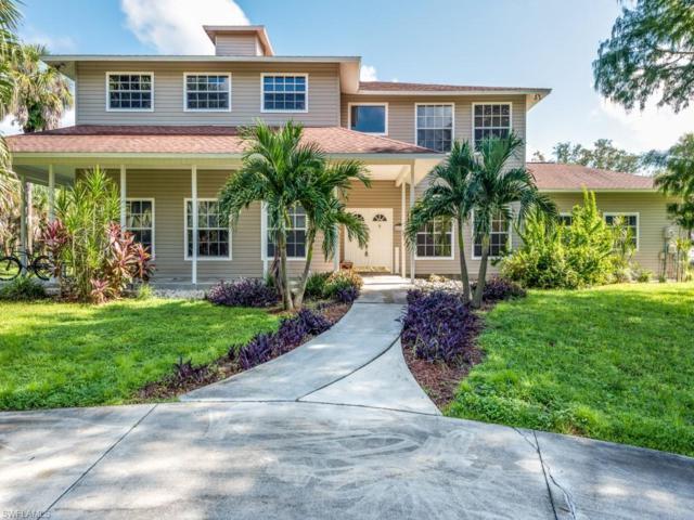 670 13th St NW, NAPLES, FL 34120 (MLS #218062426) :: RE/MAX DREAM