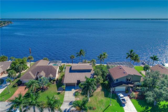 2819 SE 22nd Pl, CAPE CORAL, FL 33904 (MLS #218068870) :: Clausen Properties, Inc.