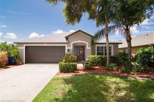 17967 Oakmont Ridge Cir, FORT MYERS, FL 33967 (#219055152) :: The Dellatorè Real Estate Group