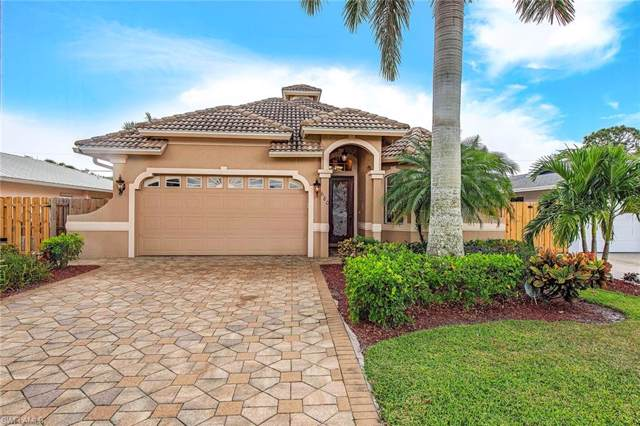 680 94th Ave N, NAPLES, FL 34108 (#219067153) :: The Dellatorè Real Estate Group