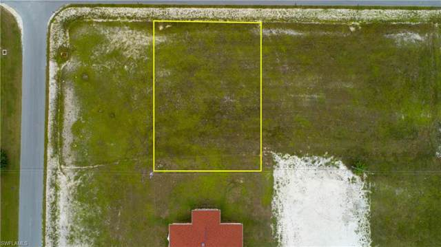 506 NW 8th Ter, CAPE CORAL, FL 33993 (MLS #219068104) :: Clausen Properties, Inc.