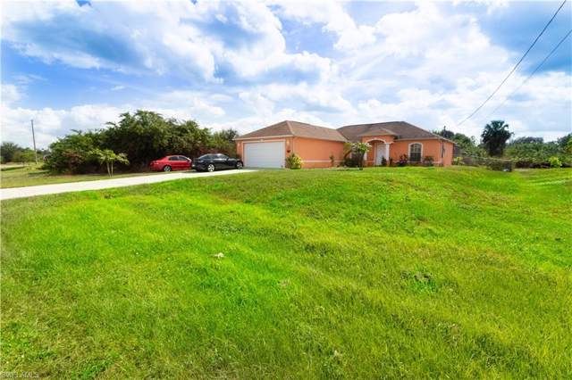 3319 40th St SW, LEHIGH ACRES, FL 33976 (#219069185) :: The Dellatorè Real Estate Group