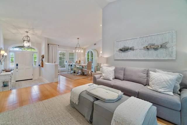 3726 Royalfern Ct, BONITA SPRINGS, FL 34134 (#219079626) :: The Dellatorè Real Estate Group