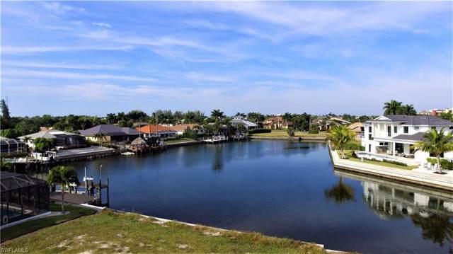 758 Caribbean Ct, MARCO ISLAND, FL 34145 (#219080039) :: The Dellatorè Real Estate Group