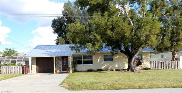 1427 SE 17th Ave, CAPE CORAL, FL 33990 (MLS #219081070) :: Clausen Properties, Inc.