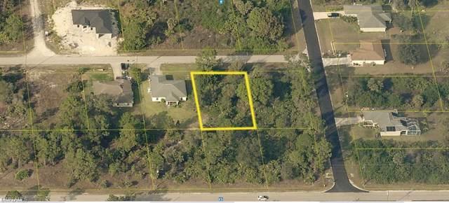 2509 52nd St W, LEHIGH ACRES, FL 33971 (MLS #220004965) :: Kris Asquith's Diamond Coastal Group