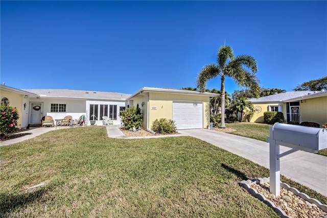 8633 Flores Ct, FORT MYERS, FL 33907 (#220007019) :: The Dellatorè Real Estate Group