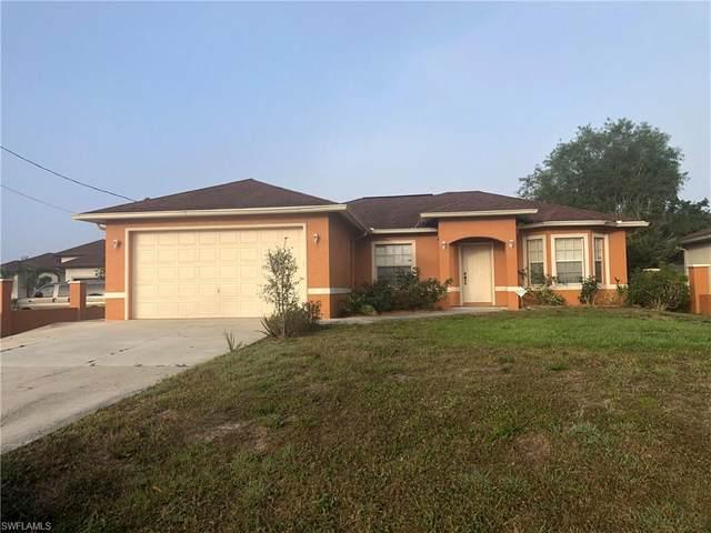 4465 Everglades Blvd N, NAPLES, FL 34120 (#220013067) :: The Dellatorè Real Estate Group