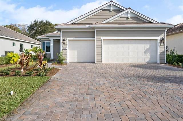 13737 Woodhaven Cir, FORT MYERS, FL 33905 (MLS #220015645) :: Palm Paradise Real Estate