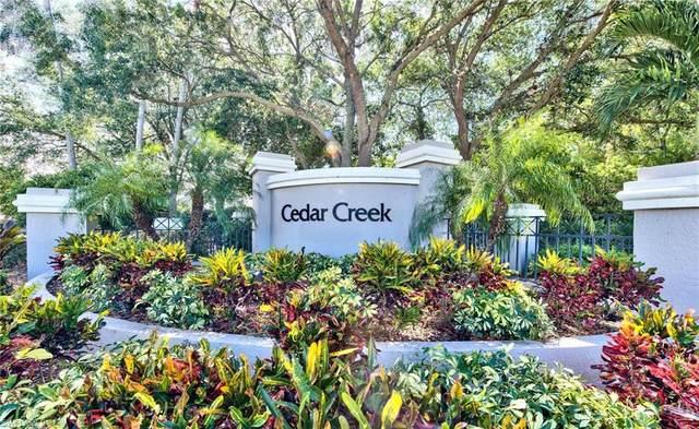 8850 Creek Run Dr, BONITA SPRINGS, FL 34135 (#220021271) :: The Dellatorè Real Estate Group