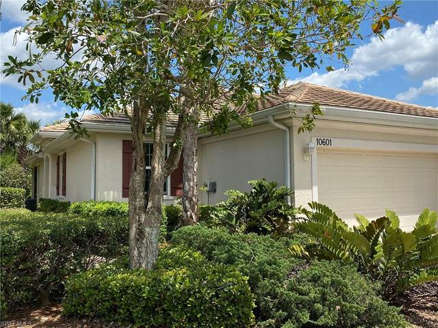 10601 Camarelle Cir, FORT MYERS, FL 33913 (#220024737) :: The Dellatorè Real Estate Group